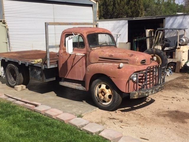 1948 Ford F-550