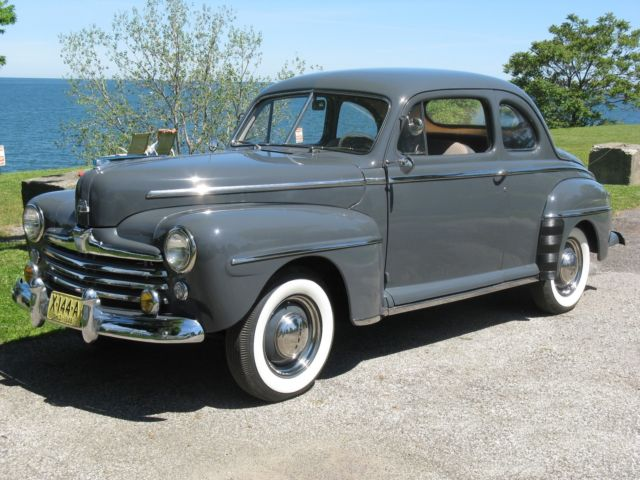 1948 Ford Super Deluxe 5-Passenger Coupe
