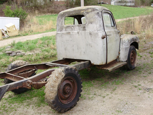 1949 Ford F1 Pickup (actually F3 Heavy Duty frame)
