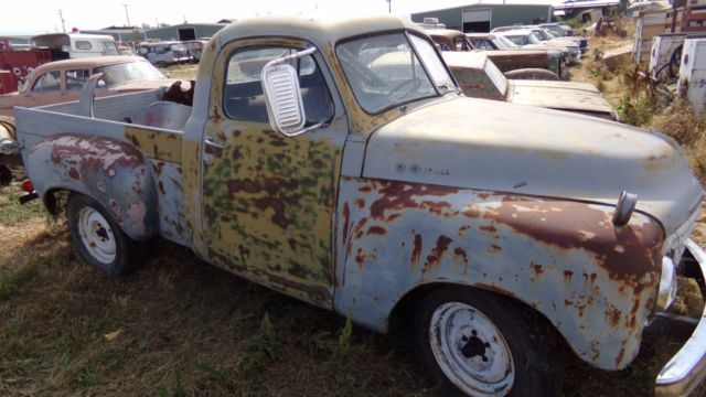 1949 Studebaker 1/2 TON SHORT BED 2R ***NO RESERVE******