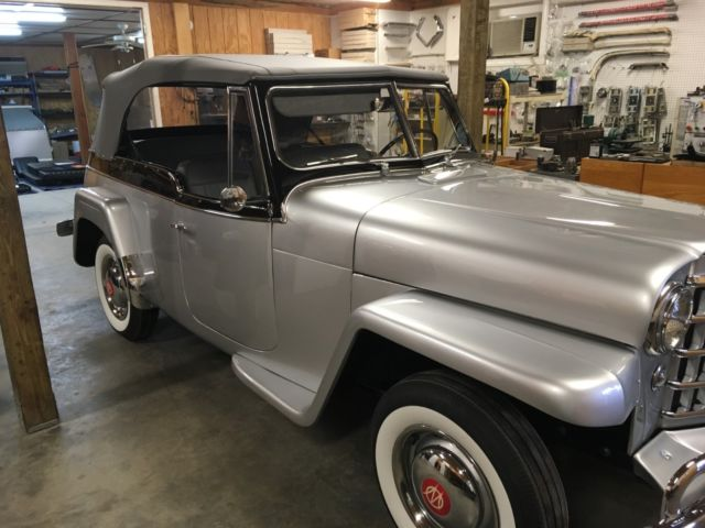 1950 Willys Deluxe Jeepster
