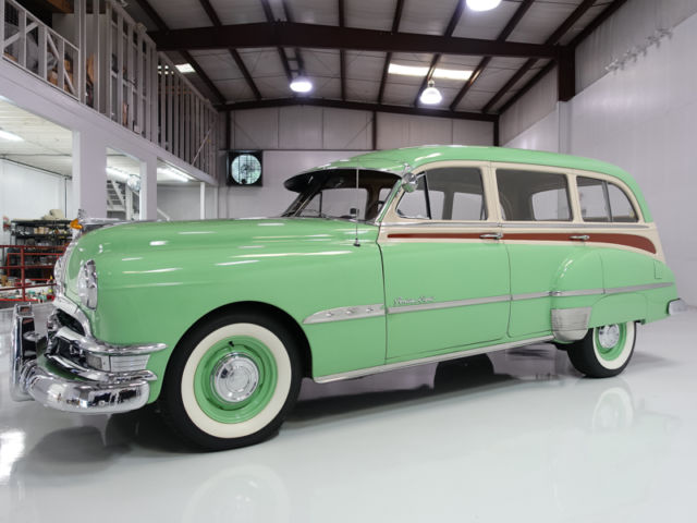 1951 Pontiac Streamliner Eight Deluxe Station Wagon