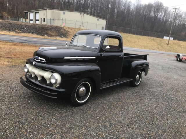 1952 Ford 1/2 Ton Pickup