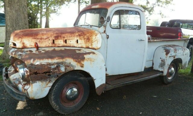 1952 Ford F1 project Rat rod        F100 pick-up truck F-150 F150 f 150