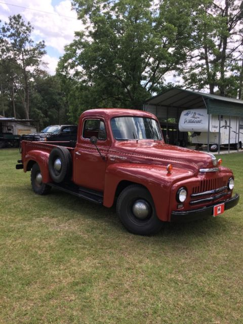 1952 International Harvester L-112
