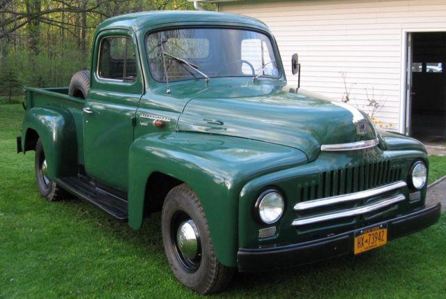 1952 International L-110 Pickup w/ 220 Engine restored for
