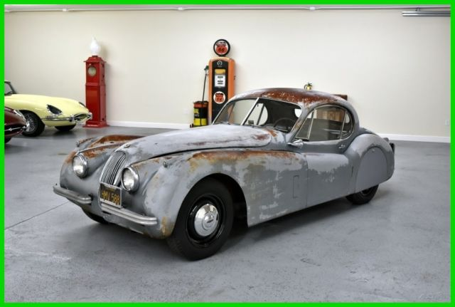 1952 Jaguar XK XK 12O FIXED-HEAD COUPE