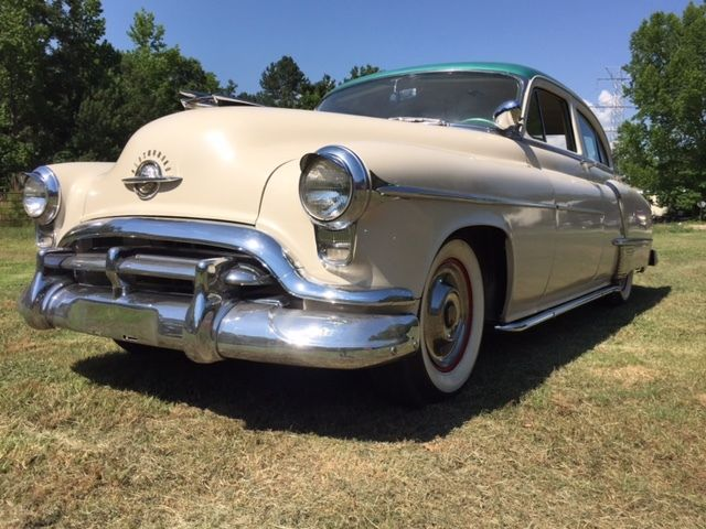 1952 Oldsmobile Eighty-Eight