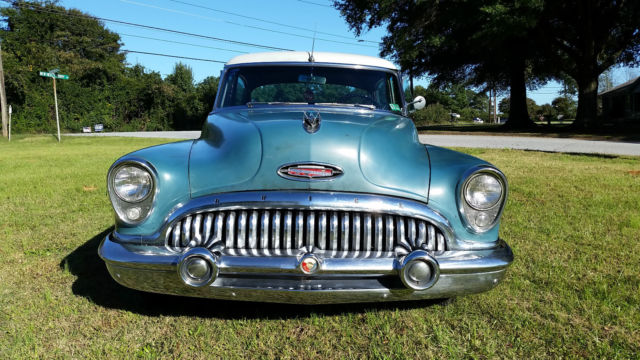 1953 Buick Roadmaster Base Sedan 4-Door