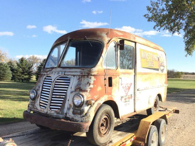 1953 international Harvester METRO panel bus ford Chevy rat