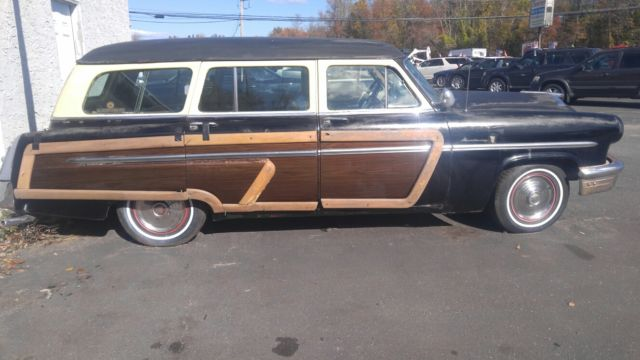 1953 Blue Mercury Monterey woody wagon with Blue interior