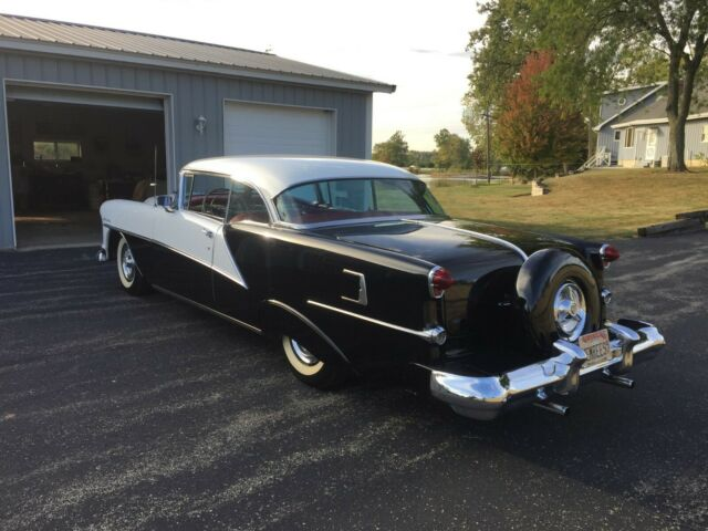 1954 2 Tone BLK/ WHT Oldsmobile Other Hardtop with Red/Grey Leather/Cloth interior