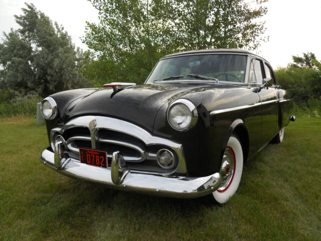 1954 Packard Clipper Deluxe 5401 Touring Sedan