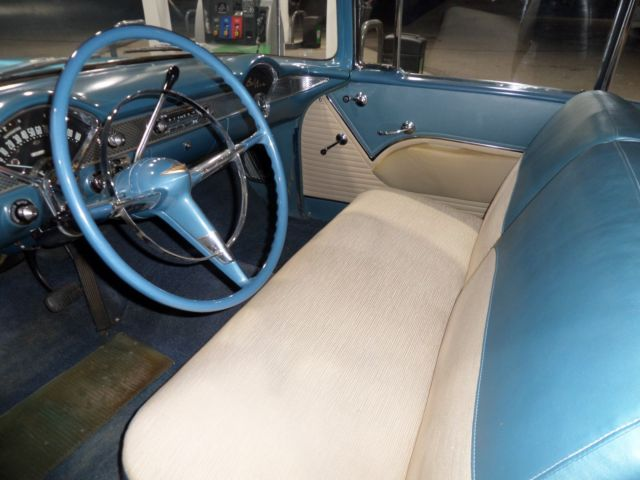 1955 CASHMERE BLUE / INDIA IVORY Chevrolet Bel Air/150/210 Hardtop Coupe with Beige / Blue interior