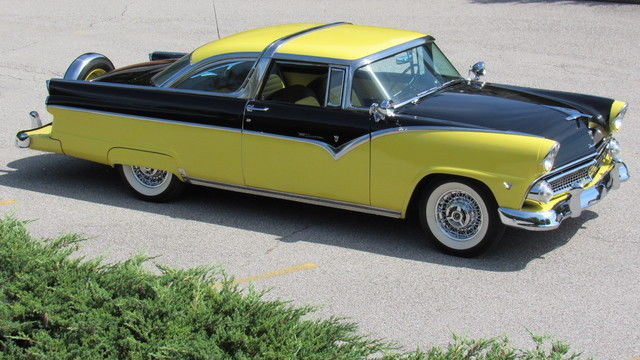 1955 Ford Crown Victoria Continental Kit