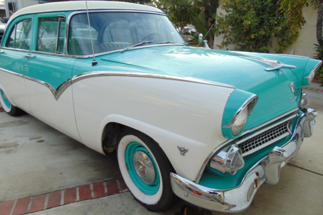 1955 ford fairlane base 4 4l classic car for sale for for 1955 ford fairlane 4 door