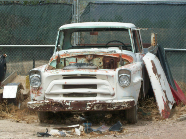 1956 A 130 International harvester dump truck early las