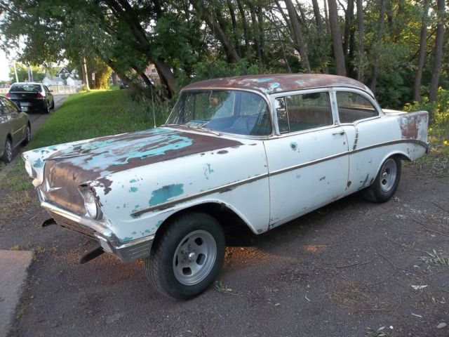 1956 Chevrolet Bel Air/150/210 2 DOOR SEDAN