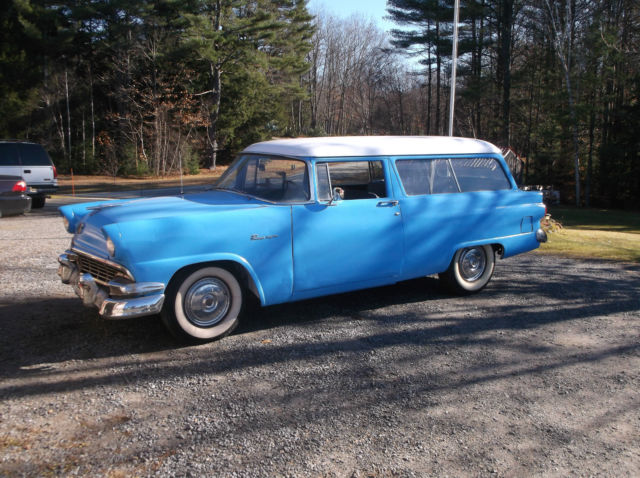 1956 Ford Fairlane Wagon