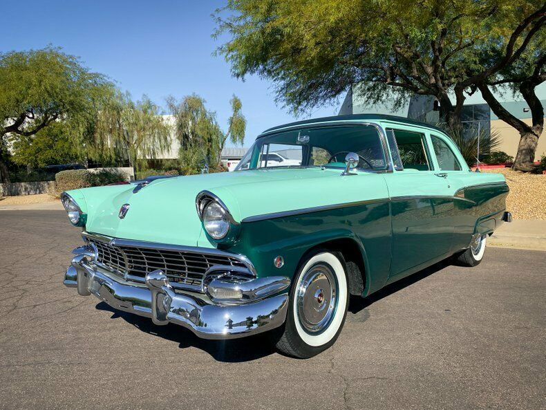 1956 Ford Customline 2dr Sedan