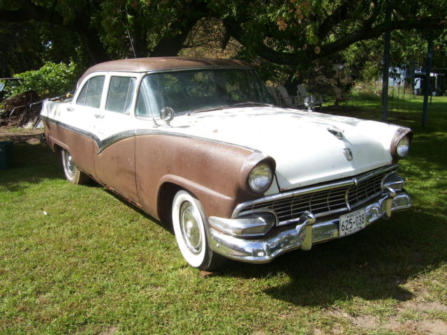 1956 ford fairlane town sedan parts car? 4 door w/ y block V8 auto. Not running. & 1956 ford fairlane town sedan parts car? 4 door w/ y block V8 auto ... markmcfarlin.com