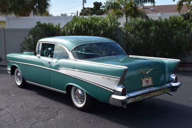 1957 Green Chevrolet Bel Air/150/210 283C.I. Power Pack V8 PS PB Air Conditioning - Ori Coupe with Black interior