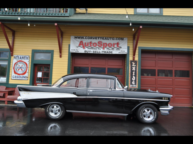 1957 Chevrolet Bel Air/150/210 Black Red Color Combo!