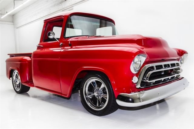 1957 Chevrolet Pickup SHOW TRUCK, AC, AIR RIDE  (WINTER CLEARANCE SALE $