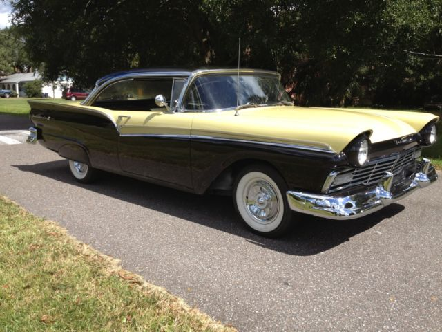 1957 Ford Fairlane 500 2 Door Hardtop 292 V8 4 Speed Sunny