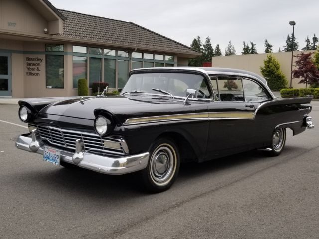 1957 Ford Fairlane 2 dr hard top