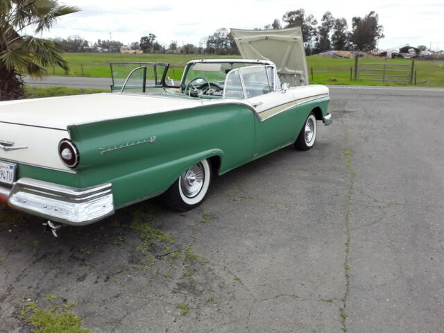 1957 Ford Fairlane Skyliner Retractable Auto