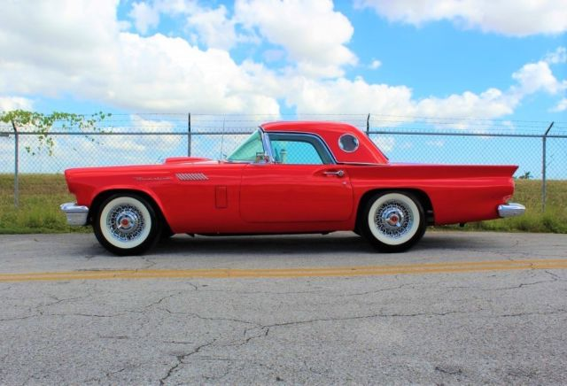 1957 Ford Thunderbird HardTop Coupe