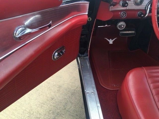 1957 ford thunderbird loaded both tops air auto p s eindows seats for sale. Black Bedroom Furniture Sets. Home Design Ideas