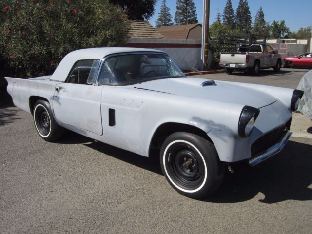 1957 Ford Thunderbird Stock