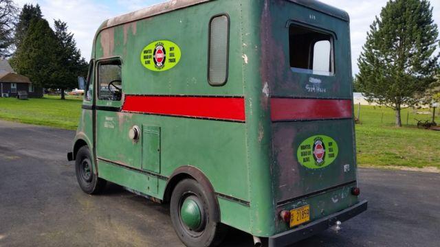 1957 International Harvester Metro Van for sale: photos, technical