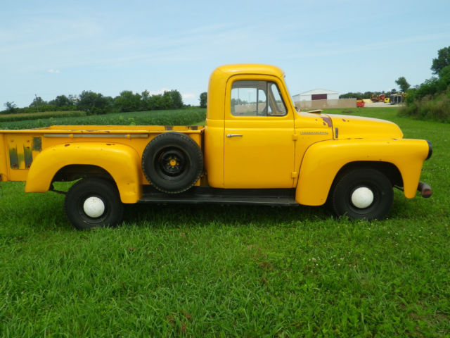 1957 International Harvester S-110