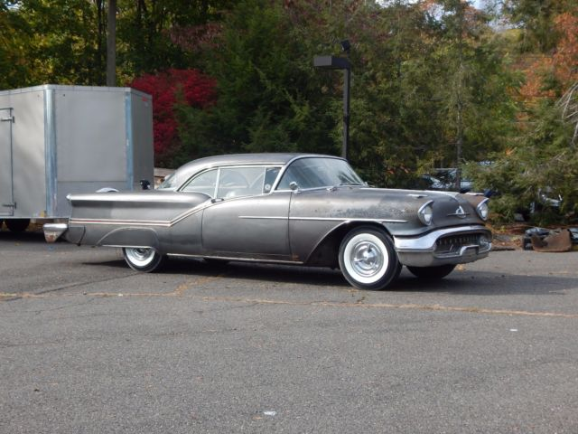 1957 Oldsmobile Ninety-Eight Starfire J2