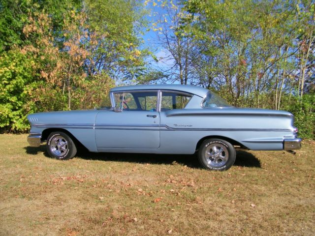 1958 Chevrolet BISCAYNE 2 DOOR