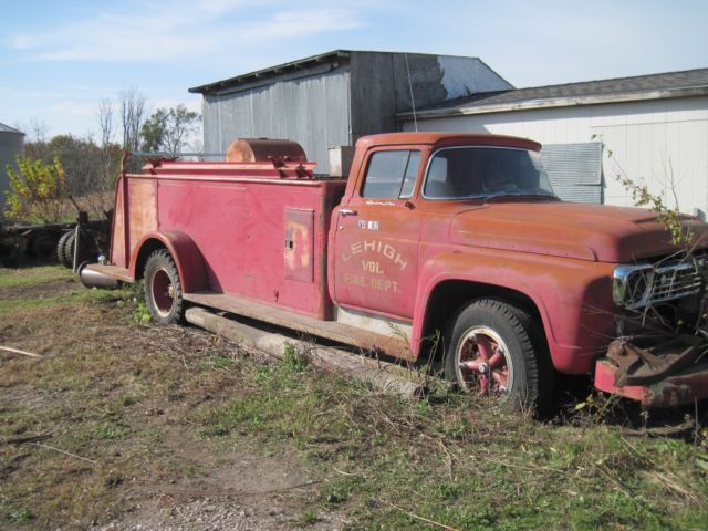 1958 FORD F-750 FIRE TRUCK 302 Y BLOCK MOTOR MAKE GOOD RAT