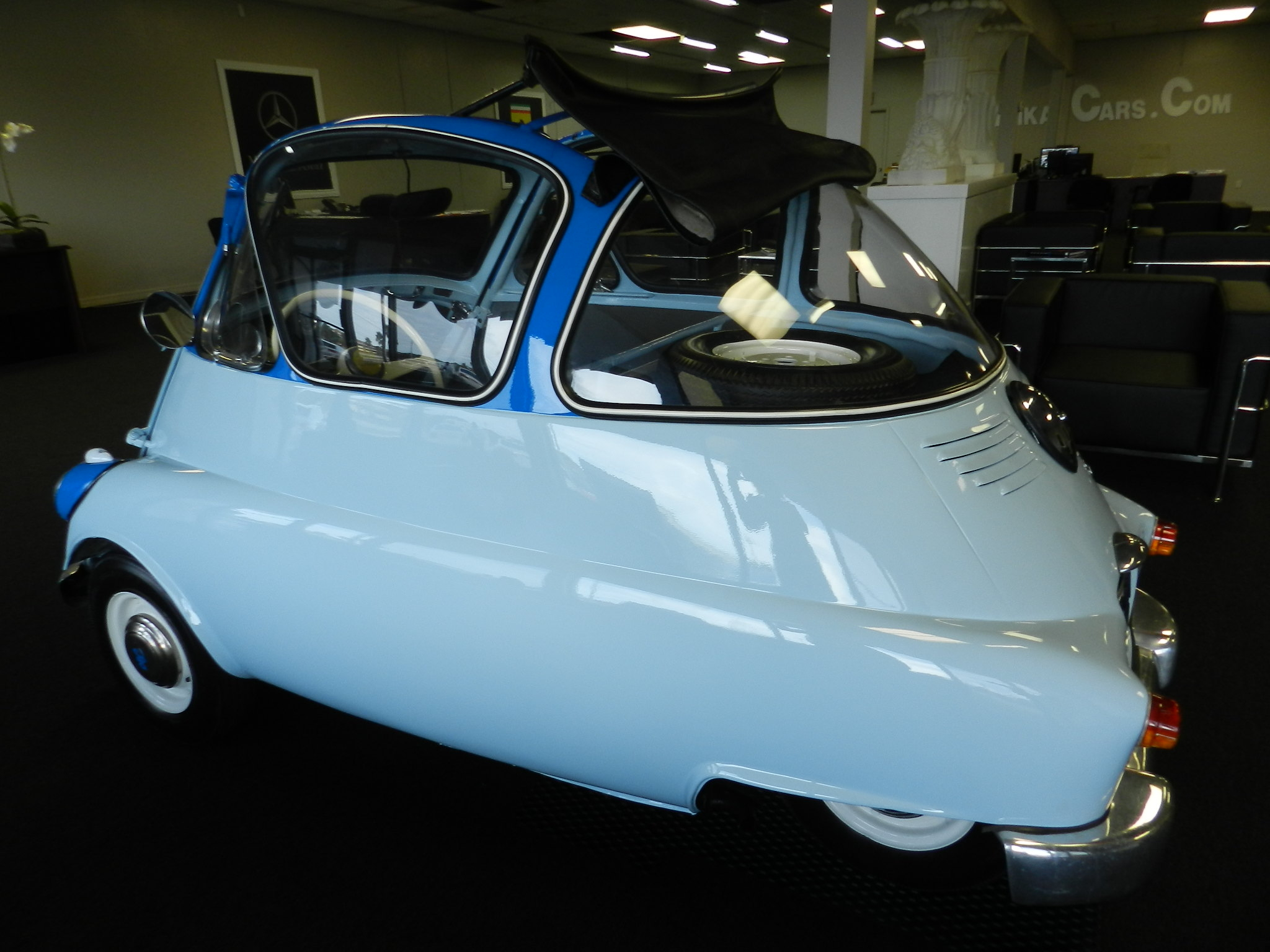1958 iso isetta micro car for sale photos technical specifications description. Black Bedroom Furniture Sets. Home Design Ideas