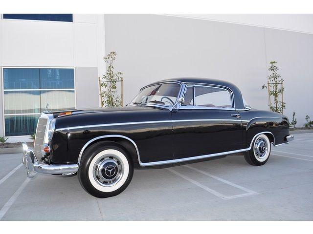 1958 Mercedes-Benz 200-Series 220S Coupe