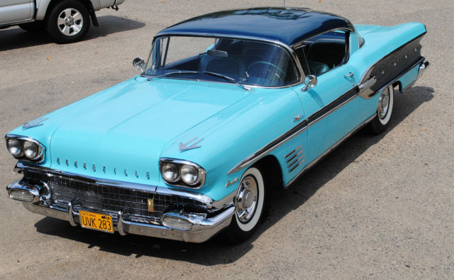 1958 Pontiac Bonneville Tri-Power