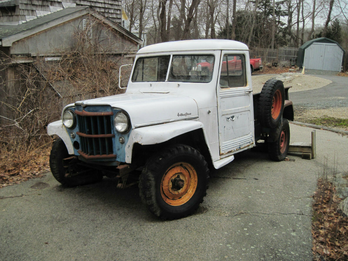 1958 White/Blue Willys