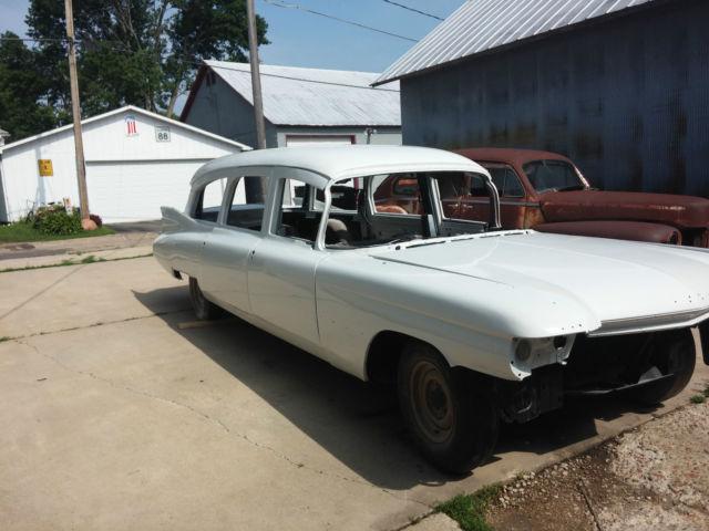 1959 Cadillac Eureka Ambulance / Hearse for sale: photos