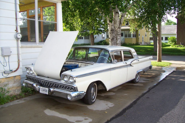 1959 Ford Fairlane Galaxy