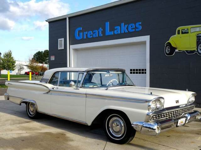 1959 Ford Fairlane Galaxie 500 Skyliner Retractable Hard Top Convertible