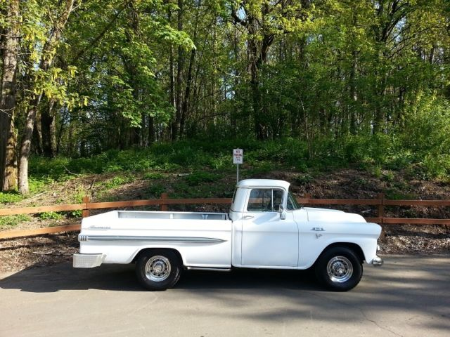 1959 GMC Sierra 2500 150 Fleetside