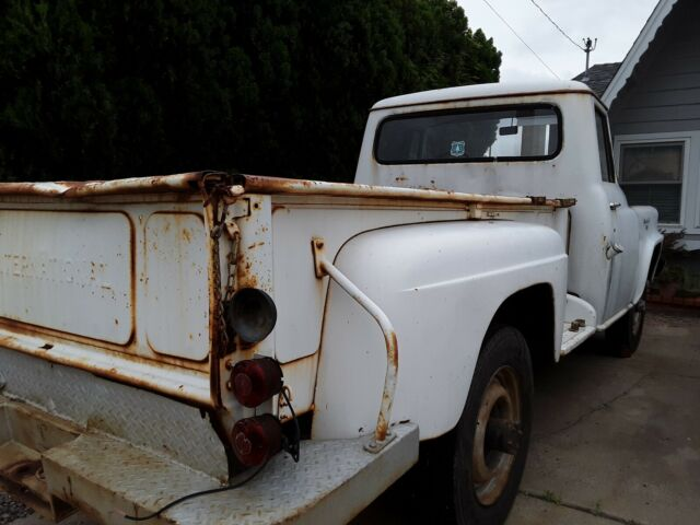 1959 White International Harvester Other 3/4 Ton Pickup 4x4 Standard Cab Pickup with White interior