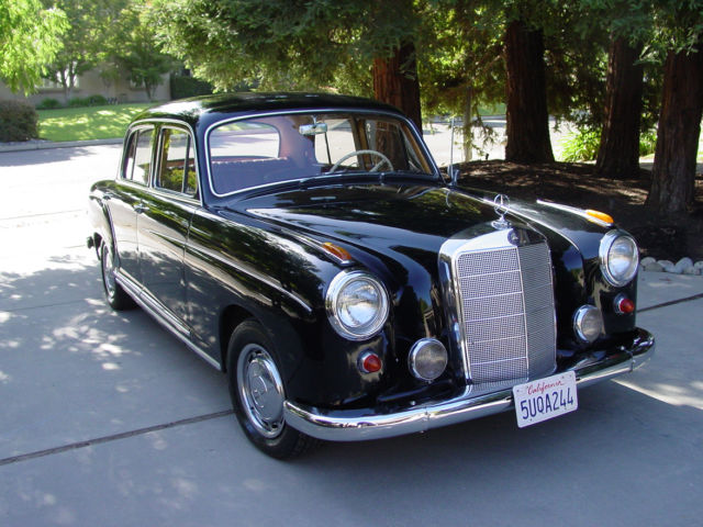 1959 Mercedes-Benz 200-Series 220S