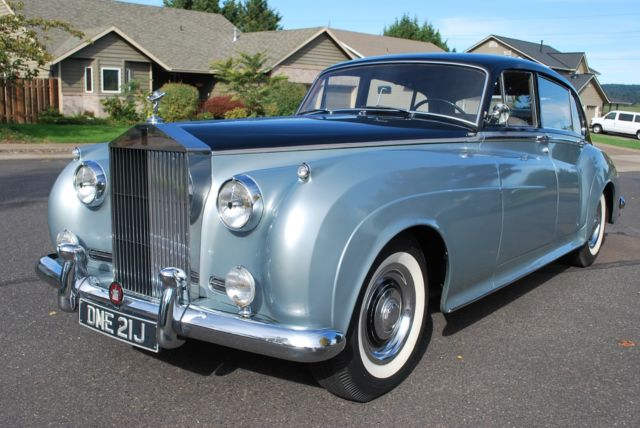 1959 Rolls-Royce Silver Cloud Limousine like without Driver Division